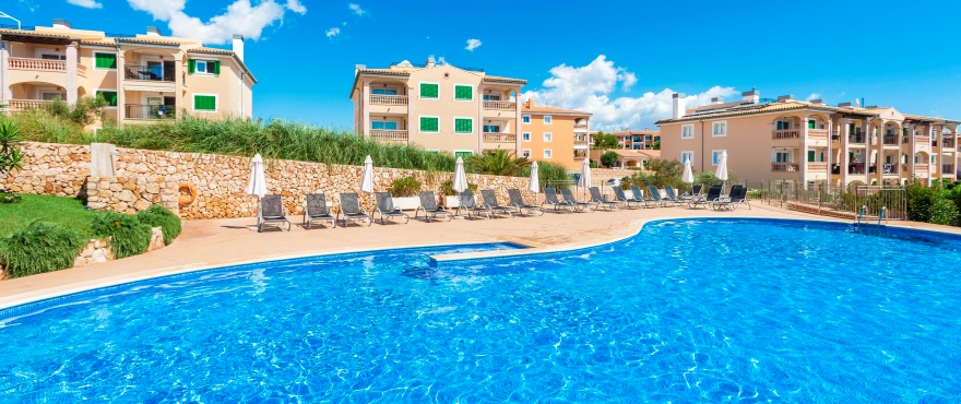 Spanish property market rebounds as economy turns a corner and attracts international buyers