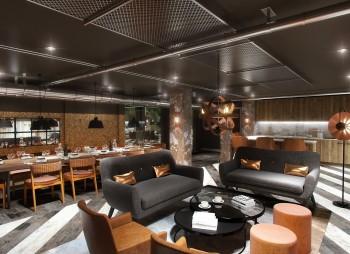 Lounge Area - Lisbon