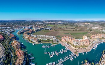 C1_Pier_apartments_Sotogrande_panoramic